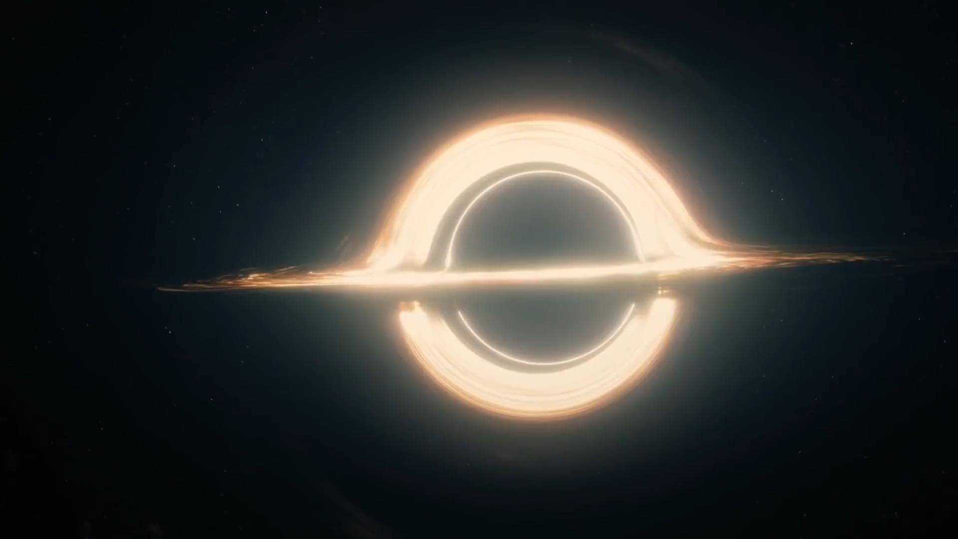 BH and accretion disk in Interstellar